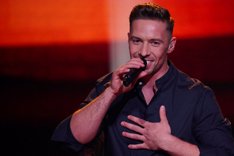 Deluxe-Edition: Superstar Ramon Roselly stürmt die Charts