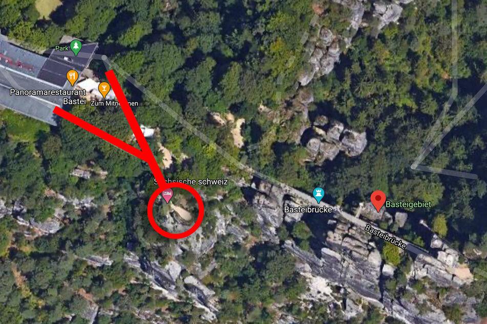 Die rot markierten Wege zur bekanntesten Bastei-Aussicht (roter Kreis) werden in den kommenden Tagen vollständig gesperrt, bis die Arbeiten Ende 2022 abgeschlossen sind. Von der nahe gelegenen Basteibrücke hat man weiterhin einen schönen Blick ins Elbtal.