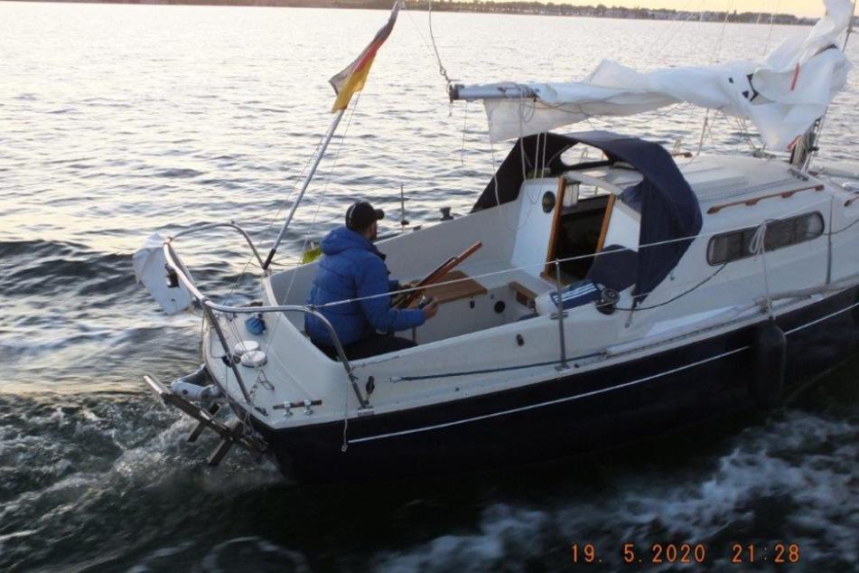 Verfolgungsjagd auf der Ostsee: Dieb rammt Polizeiboot mit Segelyacht