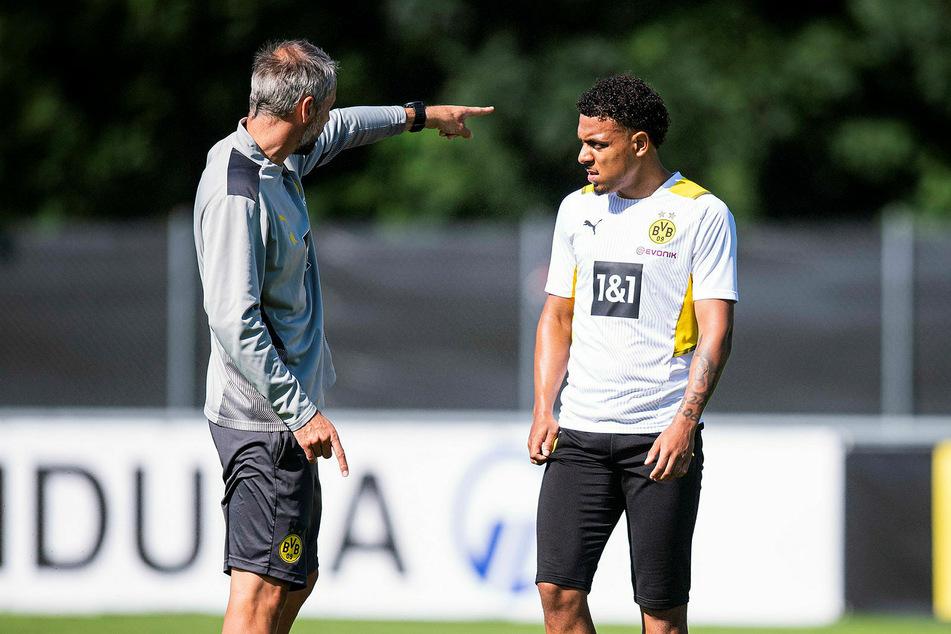 Zwei Neue unter sich: Trainer Marco Rose (44, l.) und Donyell Malen (22).
