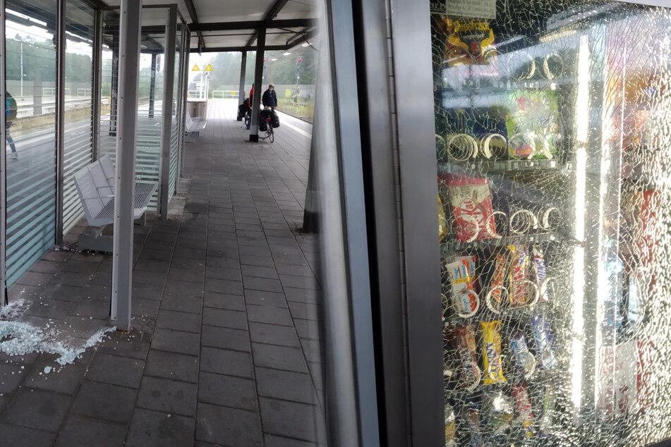 Schwerer Vandalismus im Hauptbahnhof: Polizei sucht nach Zeugen