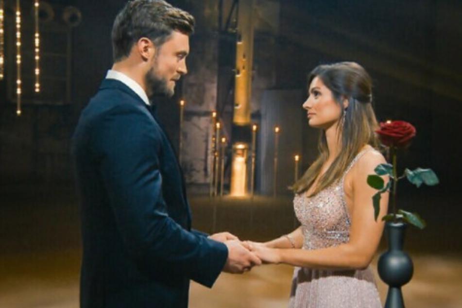 Bachelor: Bachelor Niko Griesert und Michelle de Roos mit freudigen Neuigkeiten!