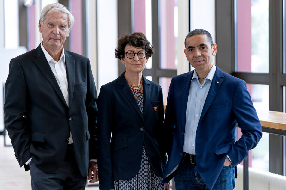 v.l.n.r. Prof. Dr. Christoph Huber, PD Dr. Özlem Türeci und Prof. Dr. Ugur Sahin, Gründer des Mainzer Corona-Impfstoff-Entwicklers Biontech.