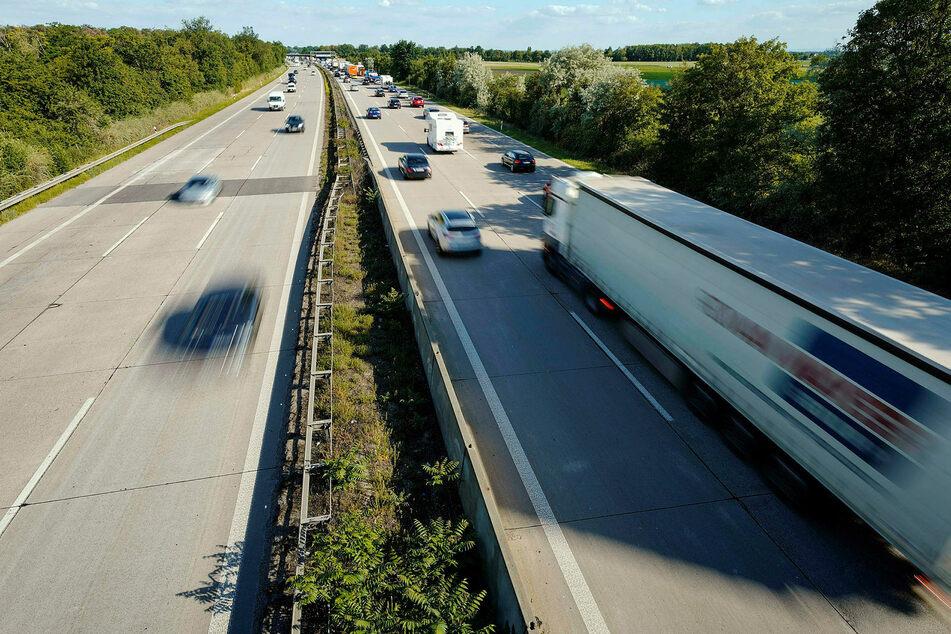 Auf den Autobahnen in Sachsen ist über Pfingsten bisher wenig los. (Symbolbild)