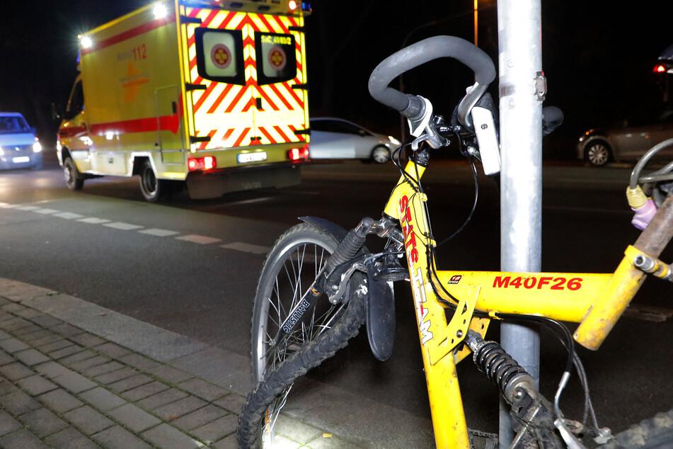 Radfahrerin von VW-Transporter in Chemnitz angefahren