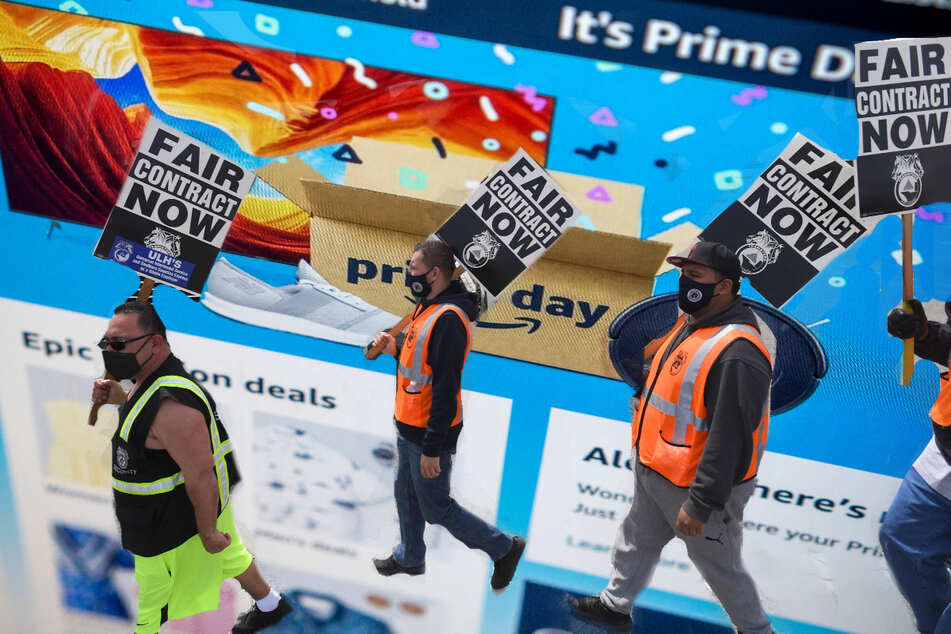 Nationwide Teamsters takes aim at Amazon by vowing to unionize employees