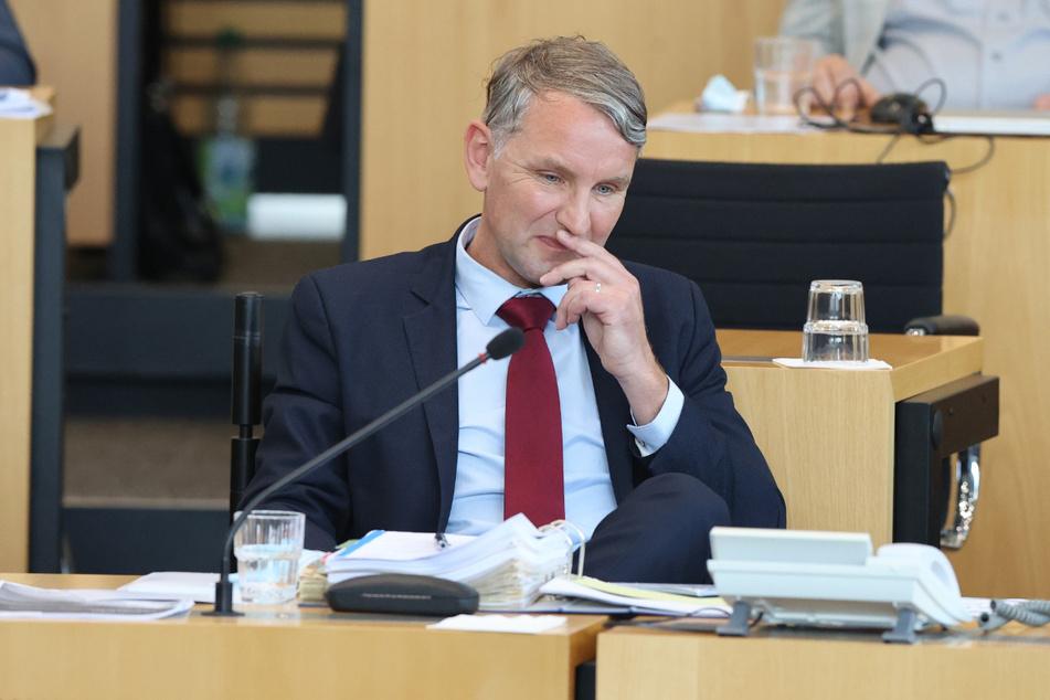 Björn Höcke (49) und zahlreiche weitere AfD-Politiker sollen auf einer Todesliste stehen, die auf einer Internetplattform veröffentlicht wurde.