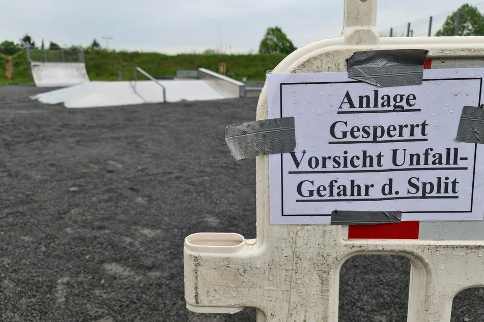 Krasse Maßnahme: Darum schüttet eine Stadt Skatepark mit Rollsplit zu