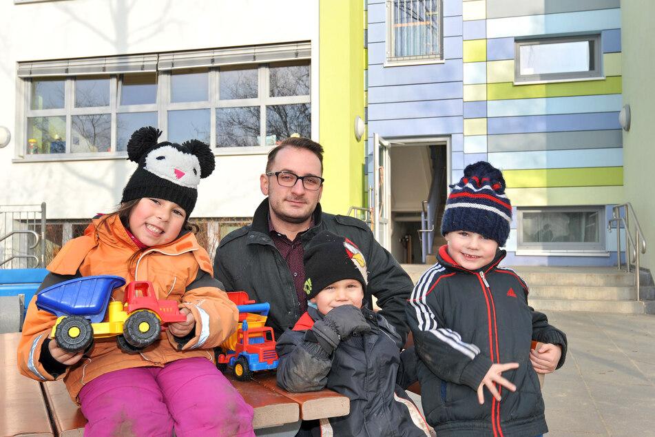 """Tibor Patos (38), Leiter des Kinder- und Familienzentrums """"Bunte Gärten"""", freut sich auf die geplante Zusammenarbeit mit der neuen Schule."""