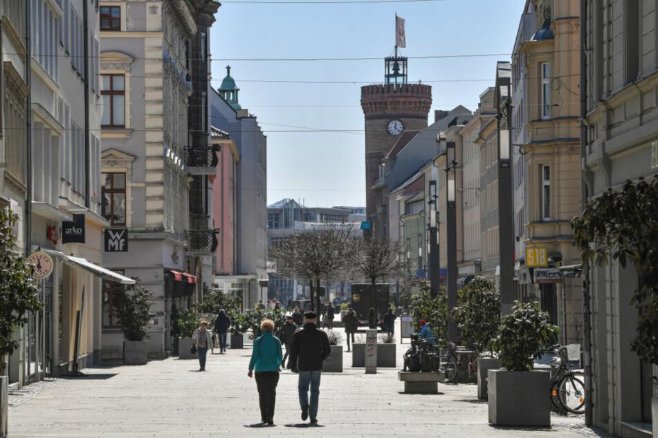 Coronavirus in Brandenburg: Geschäfte und Spielplätze öffnen wieder