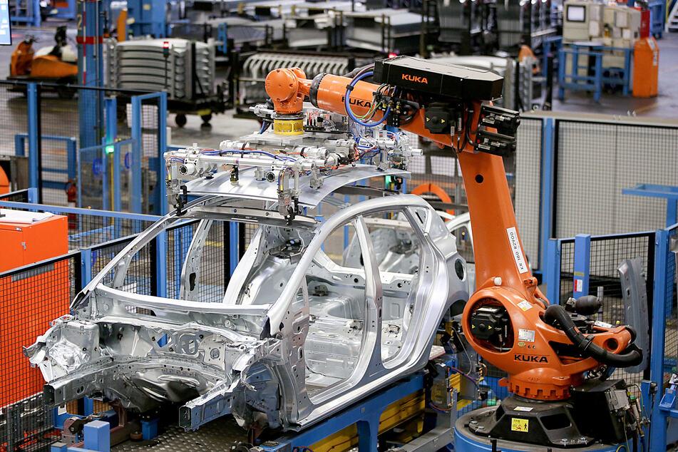 Chip-Mangel auch bei Ford: Produktion in etlichen Werken gestoppt