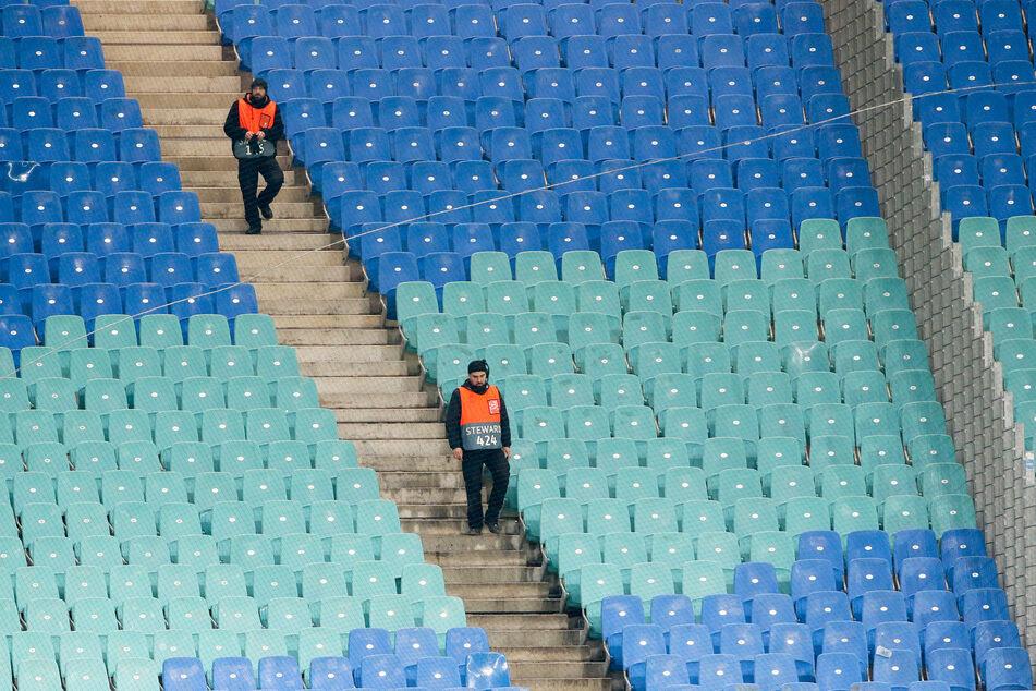 Die Fußball-Bundesliga darf ab Mitte Mai wieder stattfinden. (Symbolbild)