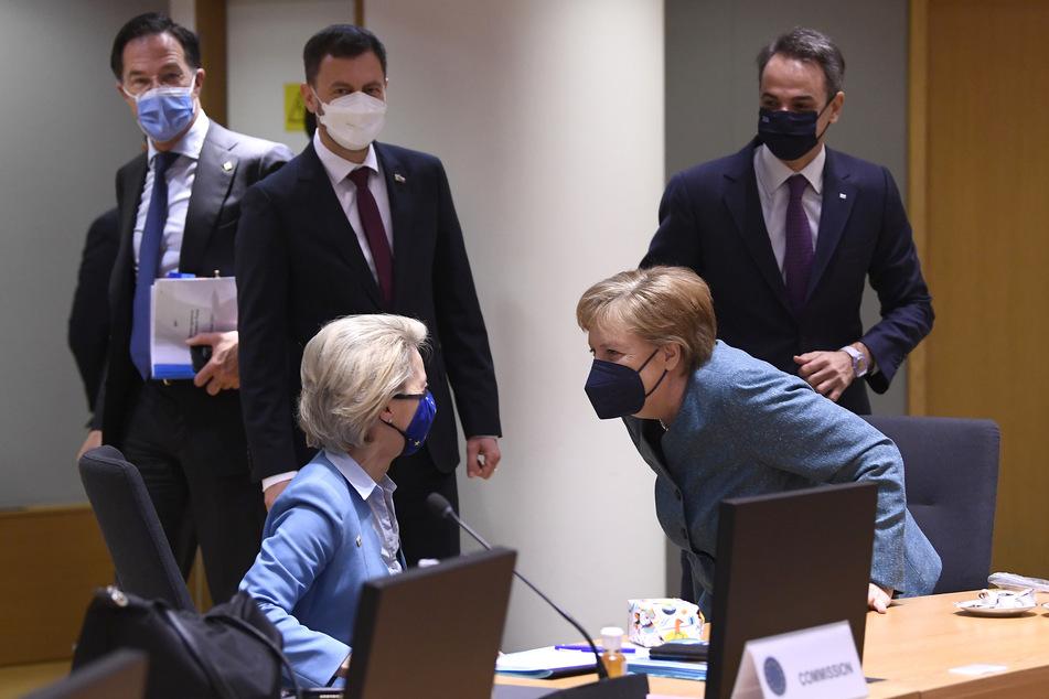 Beim EU-Sondergipfel berieten die Regierungschefs zusammen mit Kommissionschefin Ursula von der Leyen (62, CDU).
