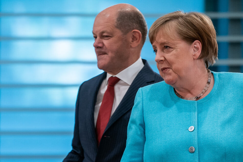 Kanzlerin Angela Merkel (65, CDU) und Finanzminister Olaf Scholz (61, SPD).