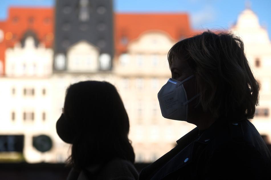 Die geplante Abgabe günstiger FFP-2-Schutzmasken an Menschen aus Corona-Risikogruppen in diesem Winter wird konkreter.