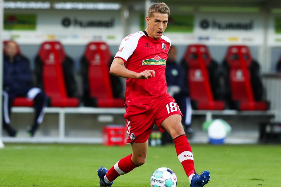 Nils Petersen (31) stürmt für den SC Freiburg.