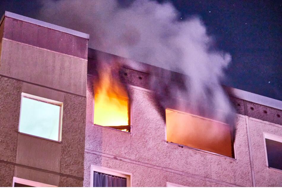 Feuer in Wohnung gelegt: Prozessbeginn gegen jugendliche Brandstifter (14, 16)
