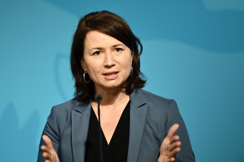 Will nach den Ferien eine Testpflicht an Schulen: Thüringens Vize-Ministerpräsidentin Anja Siegesmund (44, Grüne).