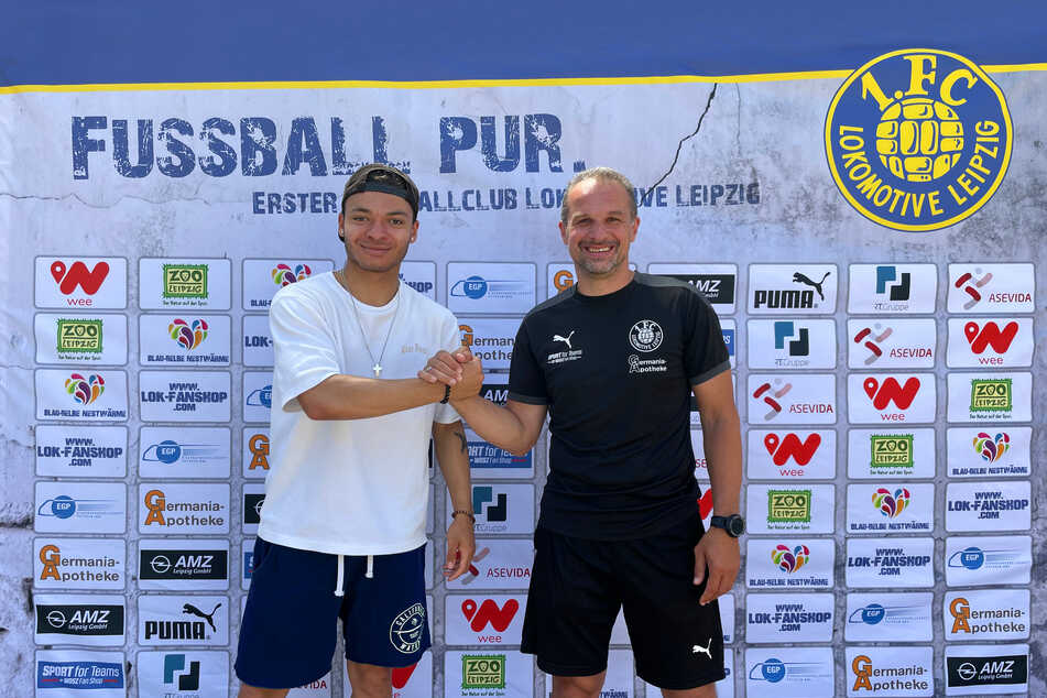 Theo Ogbidi (20, l.) mit Loks Sportdirektor und Chef-Trainer Almedin Civa (49).