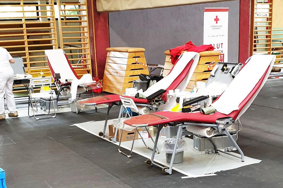 Stadt ruft zur Blutspende auf und schickt jeden Dritten weg