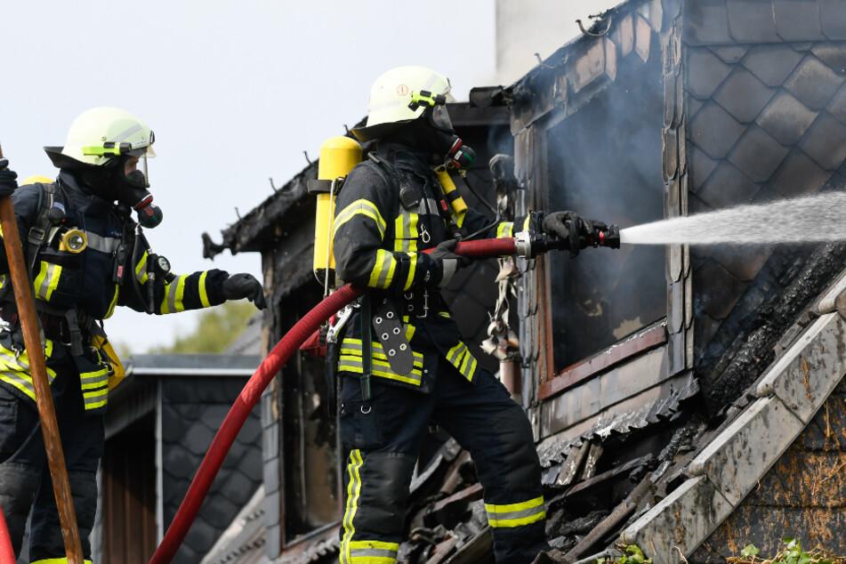 Hamburg: Feuerwehr findet Frauenleiche nach Brand bei Hamburg
