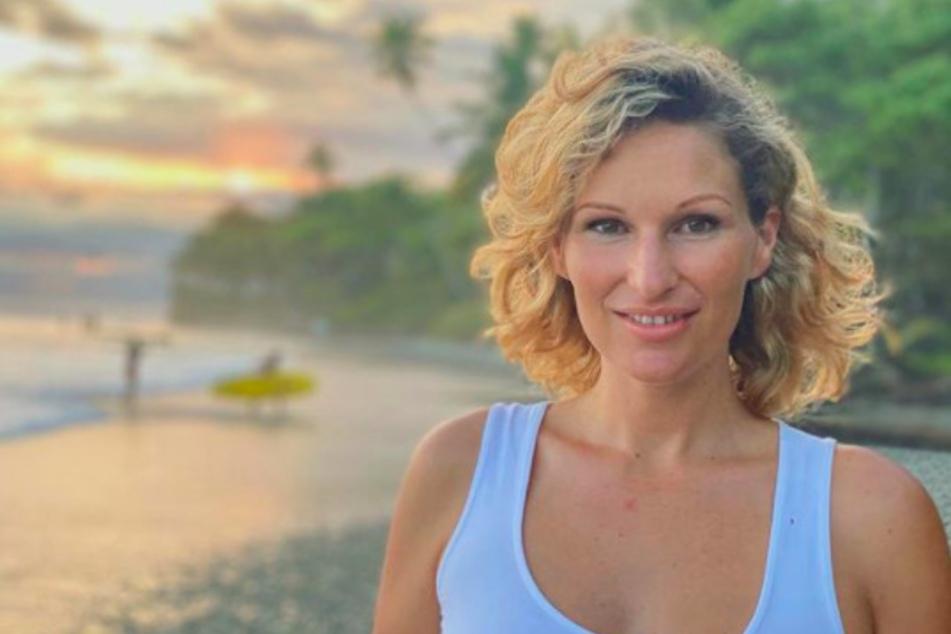 Influencerin Janni Hönscheid (30) erwartet ihr drittes Kind.
