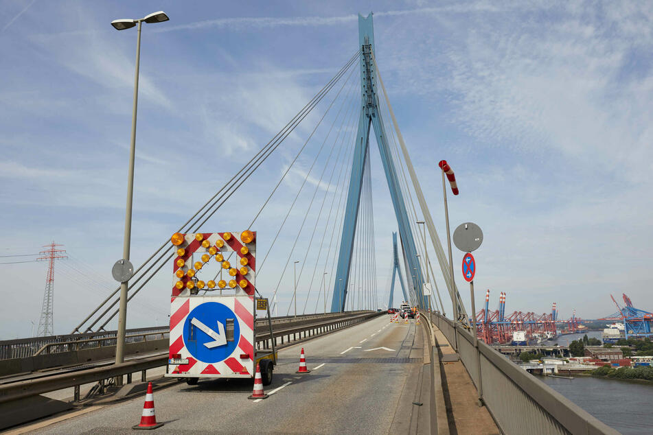 Köhlbrandbrücke das ganze Wochenende gesperrt!