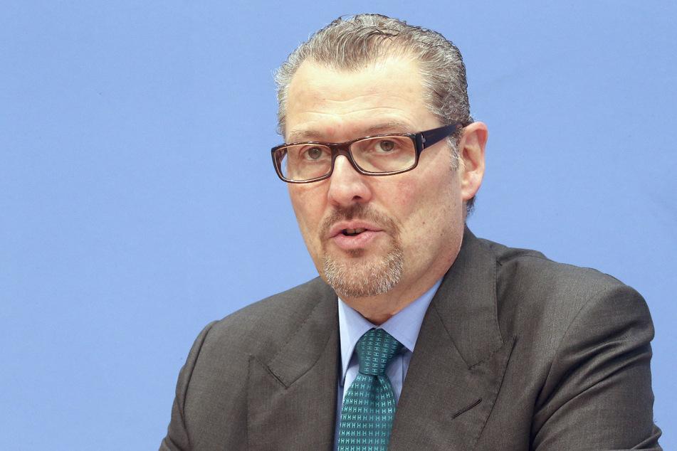 Arbeitgeberpräsident Rainer Dulger (57) hält die Elektromobilität für eine Übergangstechnologie und setzt langfristig auf Wasserstoff.