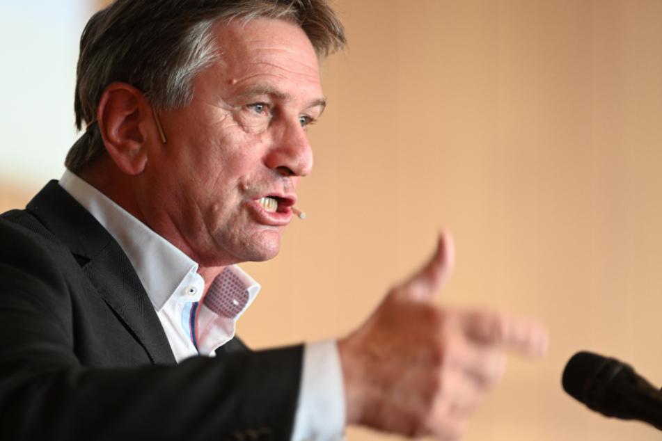 Sozialminister Manne Lucha (60, Grüne).