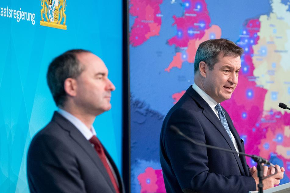 Wirtschaftsminister Hubert Aiwanger (l.) und Ministerpräsident Markus Söder sehen eine Chance für Weihnachtsmärkte.