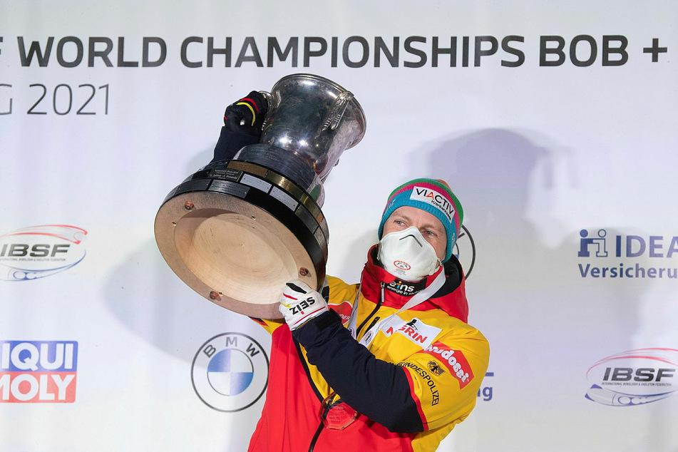 Vier schlechte Fahrten sind dafür verantwortlich, dass Johannes Lochner als WM-Zweiter so viel Rückstand auf den Champion hatte.