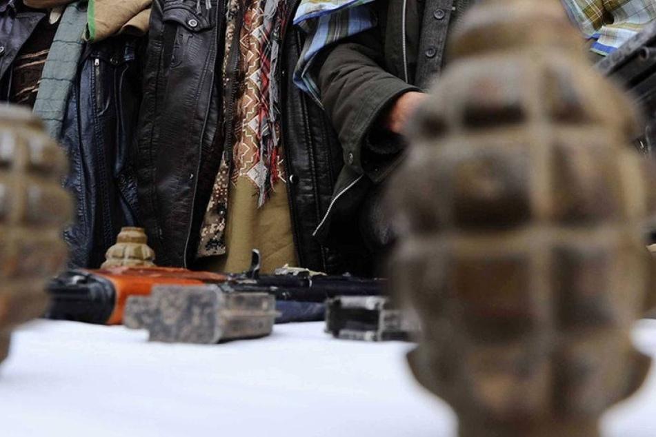 Vier Verdächtige nach Handgranatenanschlag festgenommen