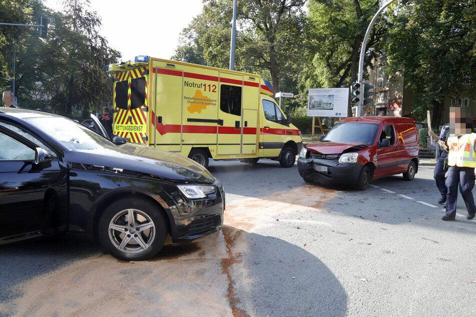 Kreuzungscrash auf dem Kaßberg: Drei Verletzte