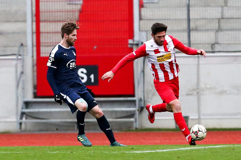 Andis Shala (r.) - hier gegen den Bryan Gaul vom FSV Zwickau - spielt künftig für den Chemnitzer FC.