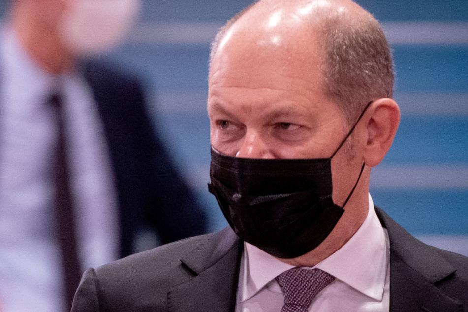Bundesfinanzminister Olaf Scholz (62) wird weitere milliardenschwere Nothilfen planen müssen.