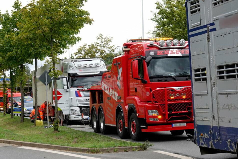 Auf dem Südring fuhren zwei Lastwagen ineinander.