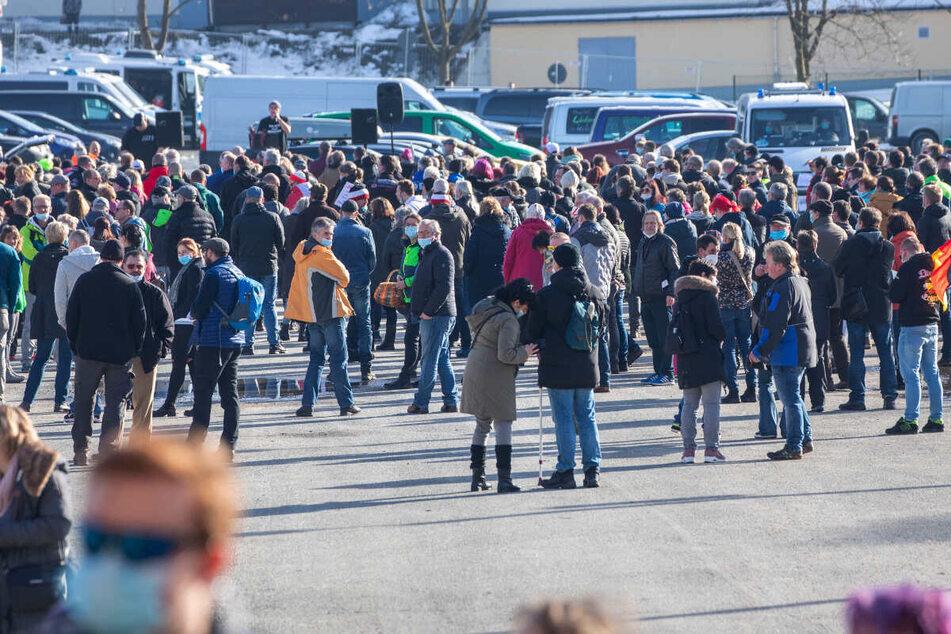 Coronavirus in Chemnitz: Hunderte auf Corona-Demo im Erzgebirge