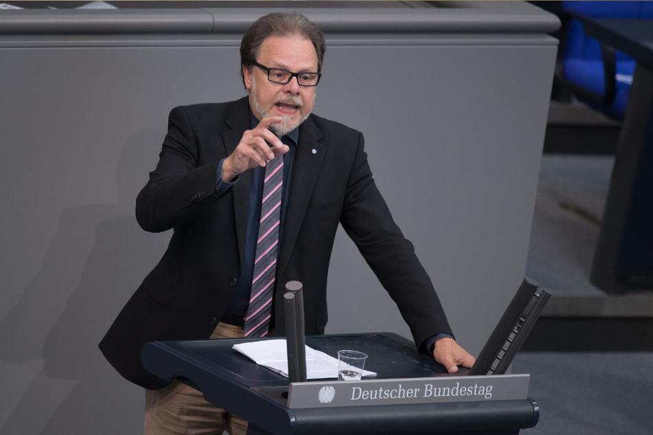 """Zwölf Jahre vertrat Frank Heinrich (57, CDU) Chemnitz leidenschaftlich im Bundestag: """"Den negativen Bundestrend konnte ich als Einzelperson nicht ausgleichen"""", sagt der Christdemokrat nach dem Verlust seines Mandates."""
