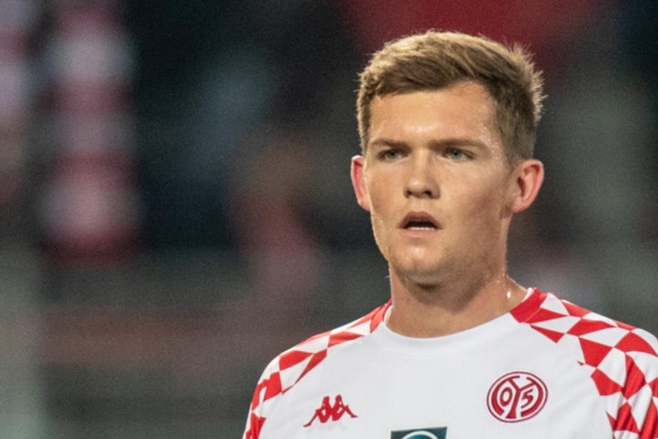 Luca Kilian (21) soll laut Medienbericht möglicherweise vor einer Leihe zum 1. FC Köln stehen.