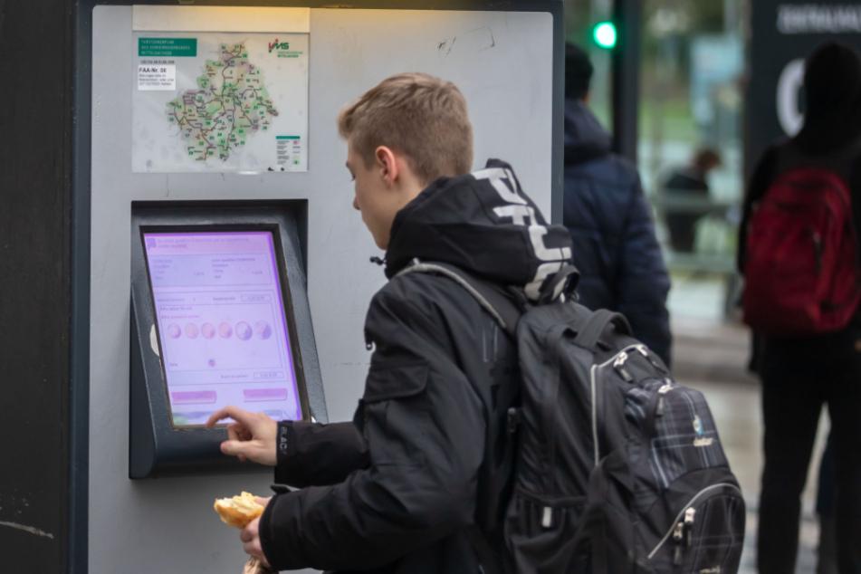 Eine Monats-Fahrkarte kostet in Chemnitz derzeit fast 60 Euro.