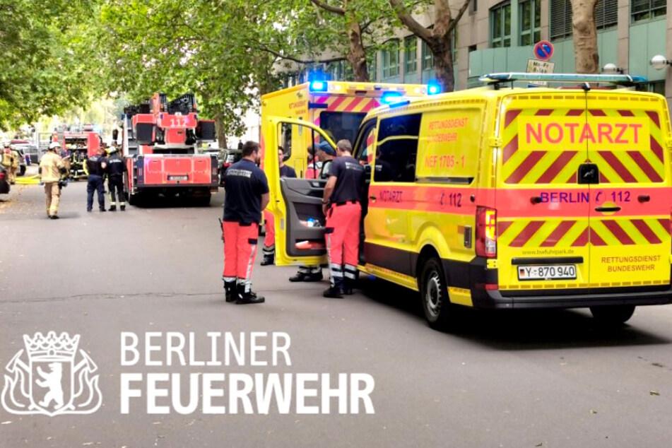 Die Berliner Feuerwehr wurde wegen einer Explosion in Moabit alarmiert.