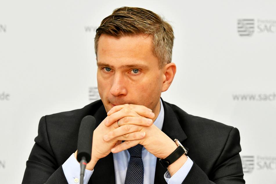 Lädt zum Krisengipfel: Wirtschaftsminister Martin Dulig (46, SPD).