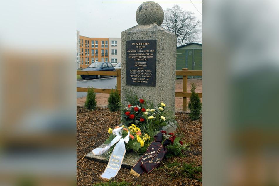 Die Gedenkstele für das frühere Frauen-KZ in der Feldstraße in Mittweida.