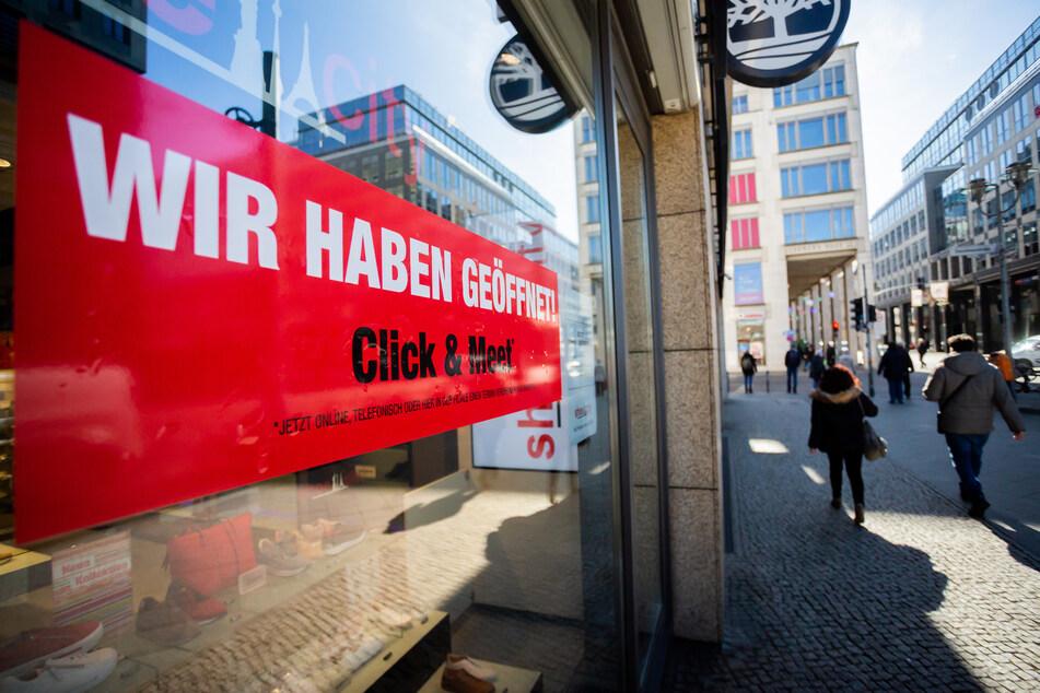 """Das System """"Click & Meet"""" solle in Hessen vorerst wieder abgeschafft werden."""