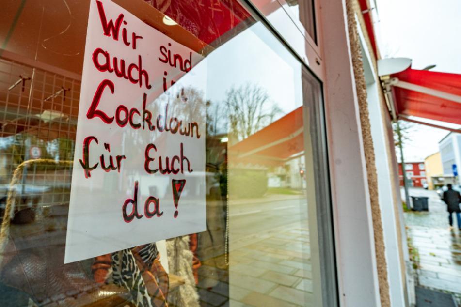 Städte und Arbeitgeber in Baden-Württemberg schließen einen Corona-Lockdown nicht komplett aus.