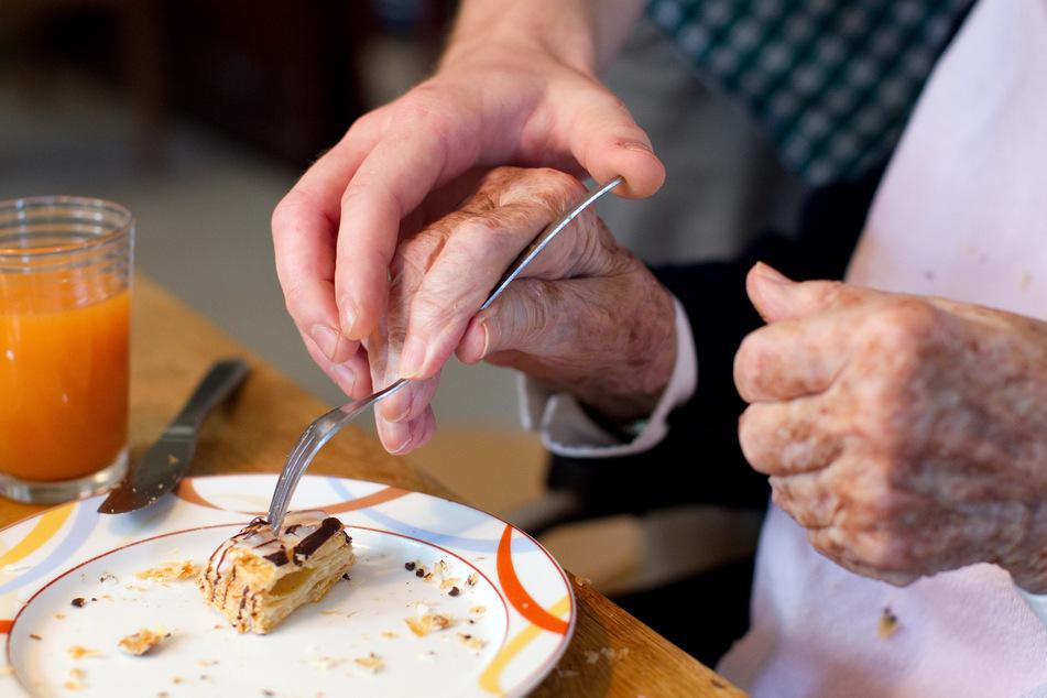 Pilotprojekt: Niedersachsen plant Freiwilliges Soziales Jahr in der Pflege