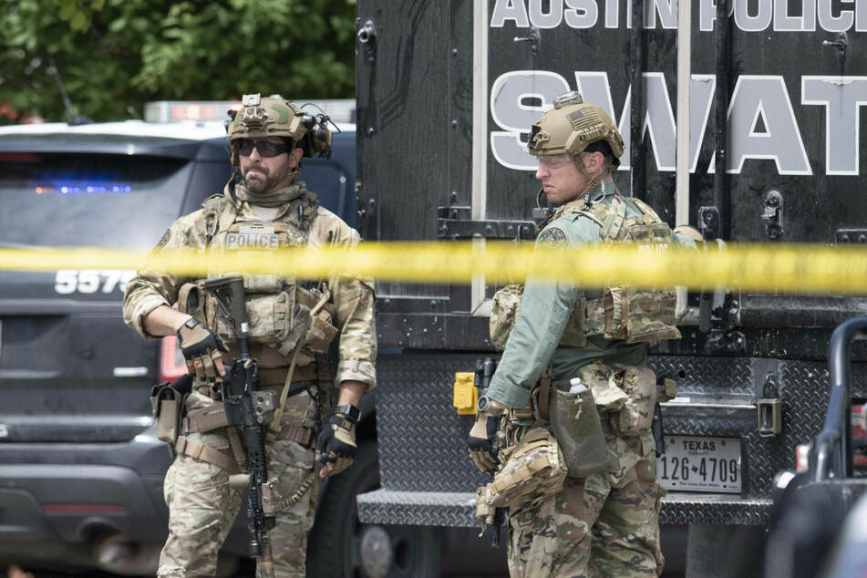SWAT team hunts down suspect who stole a police car in a wild escape