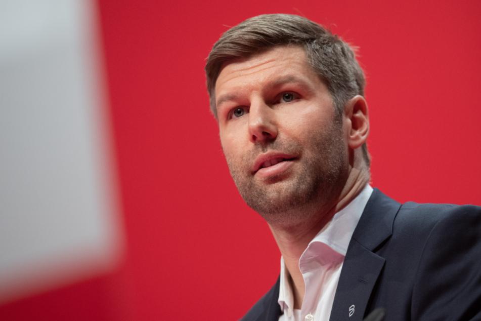 Thomas Hitzlsperger (38), Vorstandsvorsitzende des Fußball-Bundesligisten VfB Stuttgart.