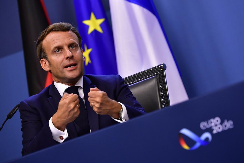 Emmanuel Macron, Präsident von Frankreich, spricht während einer Pressekonferenz zum Abschluss des EU-Gipfels.