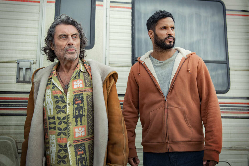 After three seasons, American Gods, starring Ian McShane (78, l.) as Mr. Wednesday and Ricky Whittle (39) as Shadow Moon, was cancelled.